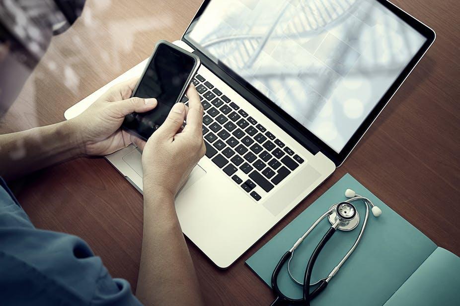 doctors using social media